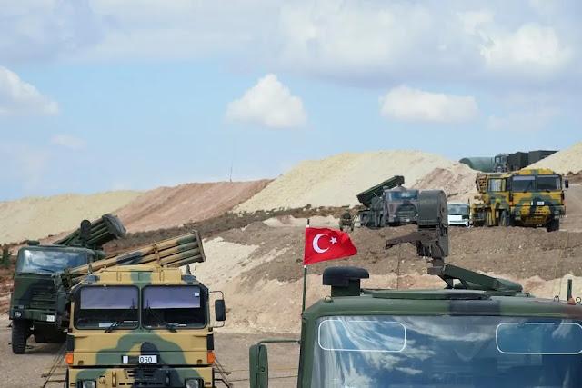 Τουρκία: Μαζική μεταφορά στρατευμάτων και τεθωρακισμένων στην Ιντλίμπ