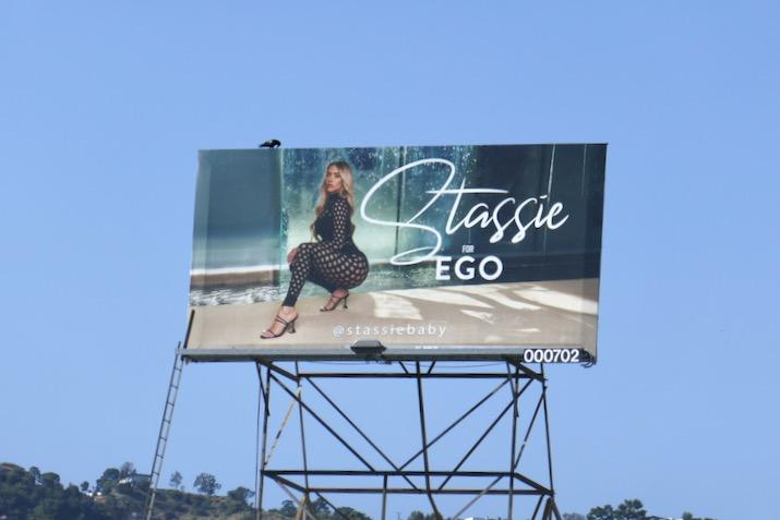 Stassie Ego S20 billboard