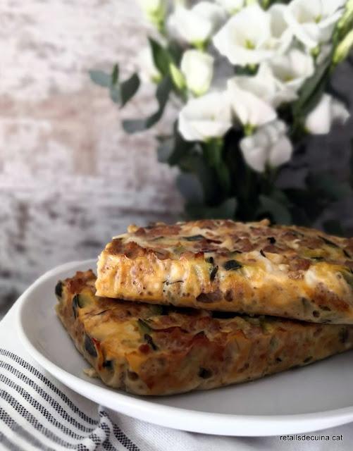 Sfougato - Truita de carbassó i formatge feta