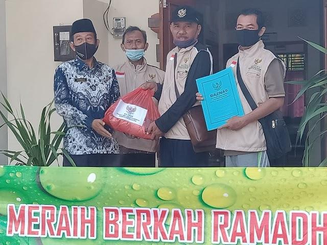 Demi Meraih Berkah Ramadhan Baznas Buleleng Sebar Paket Sembako
