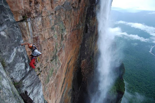escalando a cachoeira mais alta do mundo