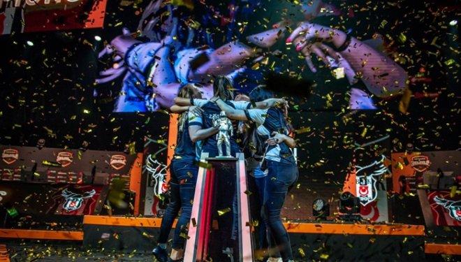 Beşiktaş Kadın CSGO Espor Takımı Dünya Şampiyonu