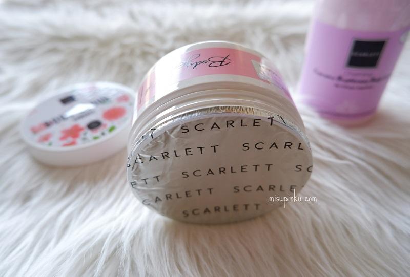 scarlett whitening body scrub