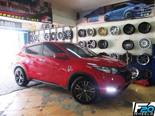 Modifikasi Velg Honda HRV Merah 17 Inch