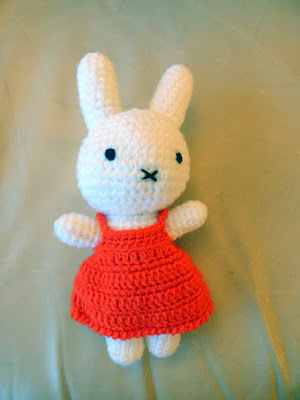 Crochet amigurumi miffy doll