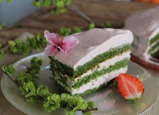 saludable tarta de espinaca con ligero sabor a menta