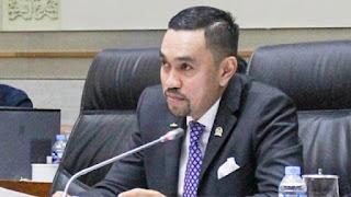 Pimpinan Komisi III: Saya Tagih Janji Kapolri Setop Kriminalisasi Pakai UU ITE