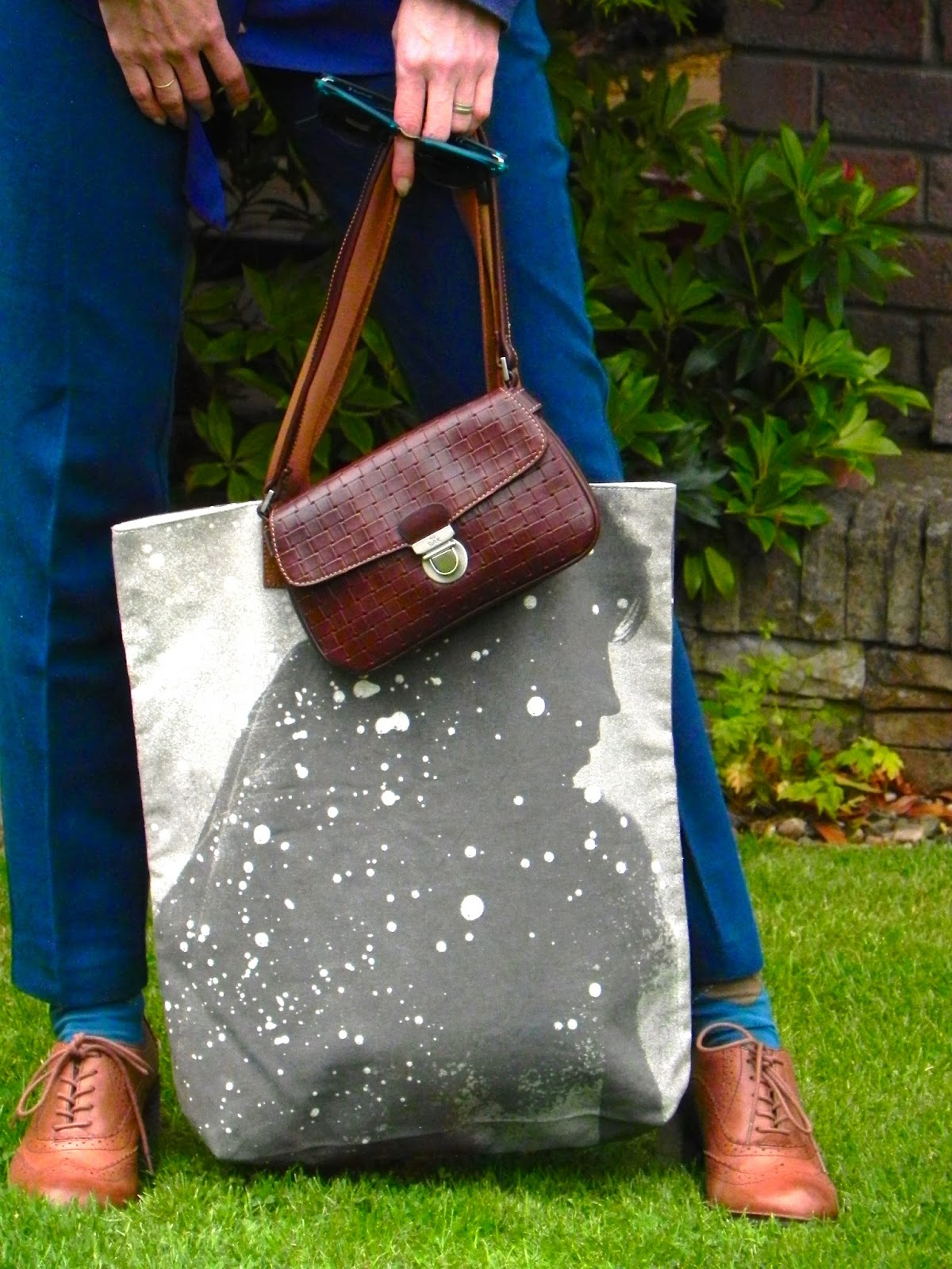 The Sak bag, Beck Sonder Gaard shopper, Clarks Brogues.
