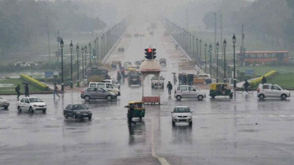 Weather Update: दिल्ली-NCR समेत देश के कई हिस्सों में मूसलाधार बारिश, जानें- मौसम का ताजा अपेडट
