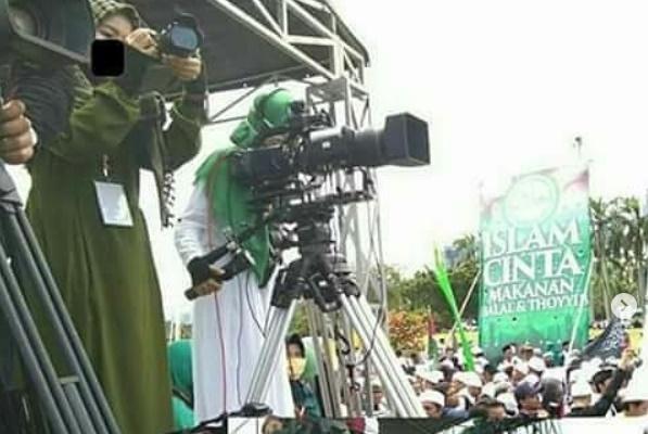 Sindir TV Tak Liput Reuni 212, Andi Arief: Bahkan Ada Gajah di Depan Mata Mereka Tak Mau Bicara