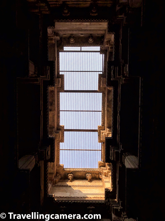Here is a photograph clicked from 3rd level of Adalaj ni Vav. This is a photograph of roof which you see after getting down to 3rd level of the stepwell. Each level has some beautiful structures around pillar, roof & floor.     Related Blogpost from Gujrat - Travelling Camera in Gujarat    Visiting Bapu in Sabarmati Ashram, Ahmedabad