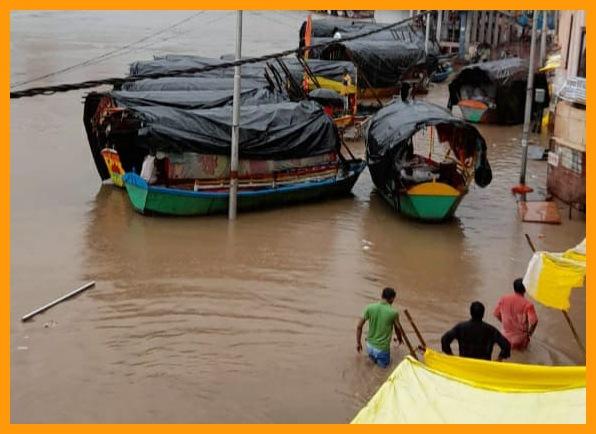 भारी बारिश से मंदाकिनी नदी उफान पर, प्रशासन ने जारी किया अलर्ट