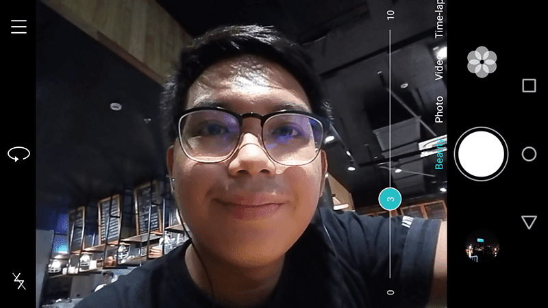 Selfie camera interface