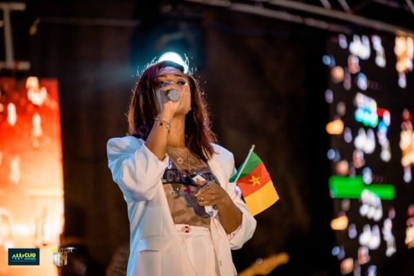 Top Gospel Nigerian artist Ada Ehi has blessed Cameroon in general and Buea in particular as she thrilled the over two thousand persons who turned out for the Gospel Concert at the Molyko Omnisport stadium, Friday February 28. One major high point of the event was a prayer she offered for Cameroon that peace should reign in the land. Also ministering with her on stage was another Nigerian breed Ayo Vincent together with some Cameroonian artists like Prosper Menko, Rochie Osvalin, Kevin Kay, Christ T and a host of others. Reporter : Diana Neba Nkuh.    ADA EHI MOSES a Nigerian Gospel musician, Coming to Cameroon is something great for Cameroonians, she started her Gospel Musical Show in buea yesterday on the 28/02/2020 at molyko omits pour Stadium, the Concert was so great, filled with the spirit of God almighty, 86 souls where lead to God,
