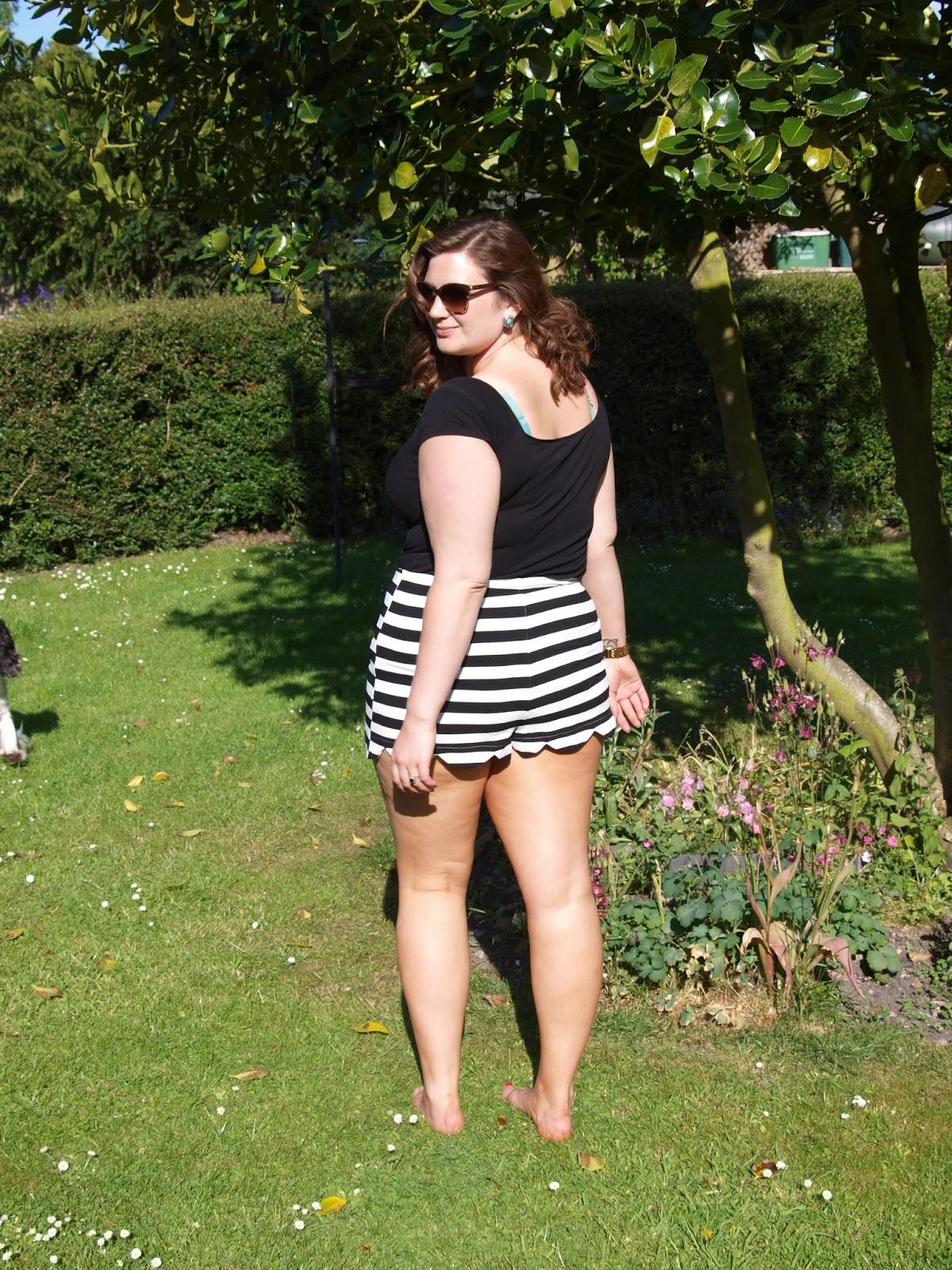 Curvy Girl Thin: Breaking all the *ahem* rules!