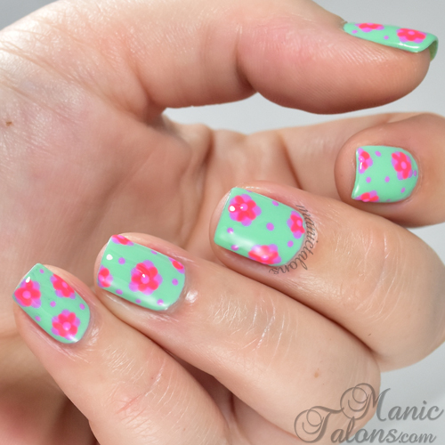 Whimsical Flowers with Daisy Duo Gel Polish