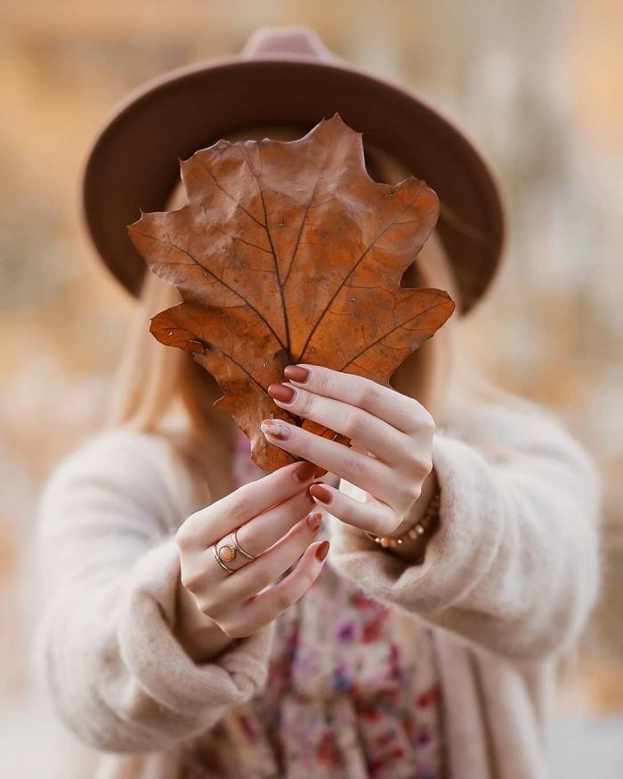 nokti-nails-manikura-trendy-jesen