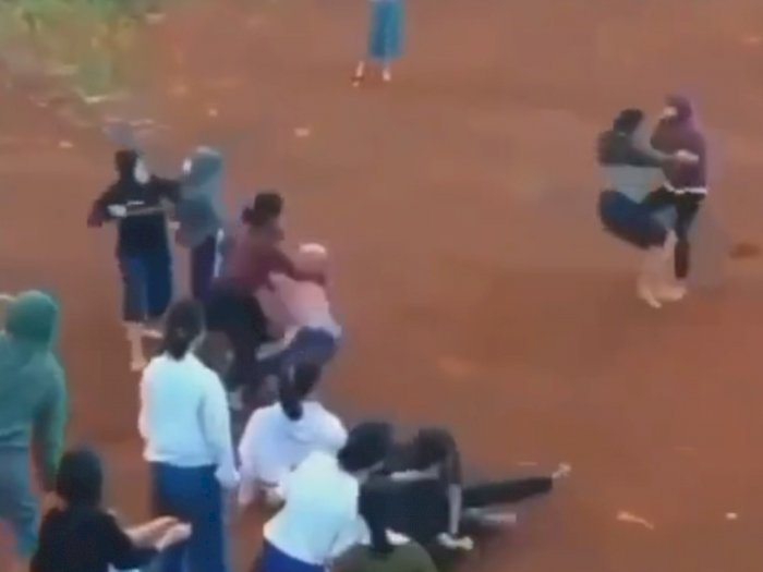Begini Kronologi Versi Polisi Soal Video Viral Adu Jotos Siswi SMP