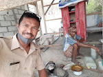 Seorang Guru Sukses Bangun Rumah Untuk Lansia Rote Ndao