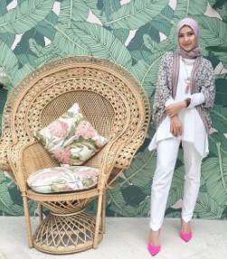 11 Gaya Busana Muslim Dan Hijab Ala Sicantik Artis Ratna Galih