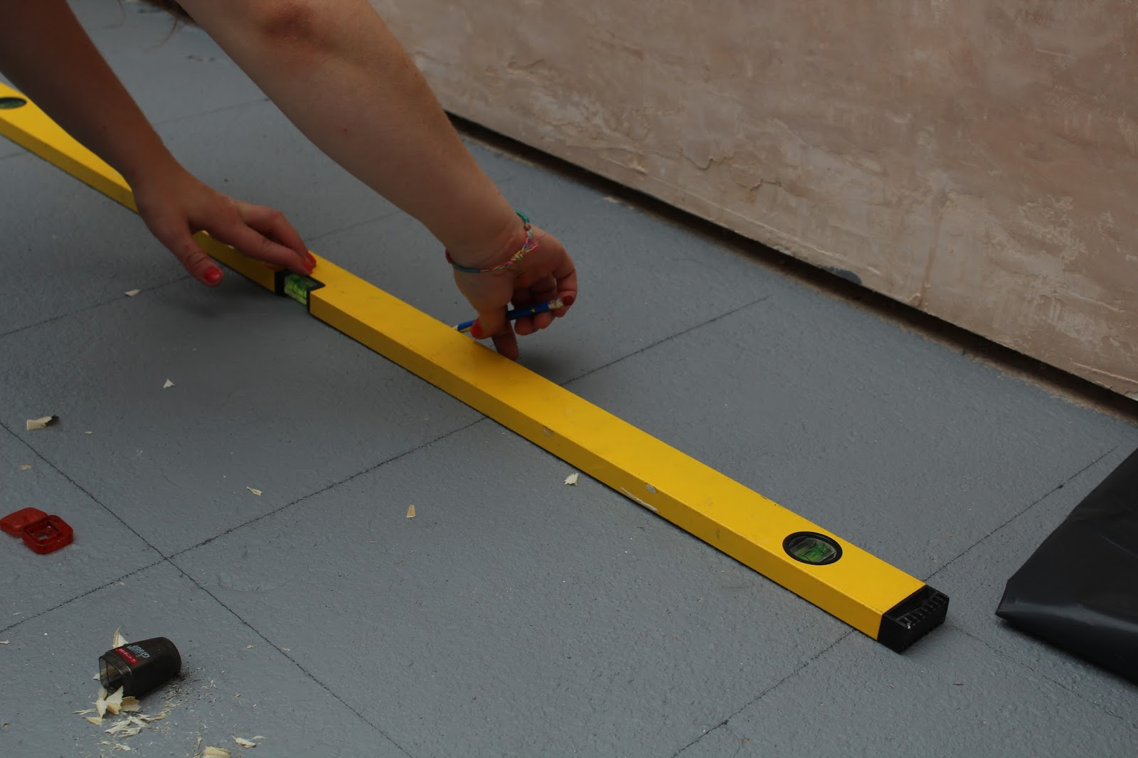 DIY tutorial for quirky fun painted floor
