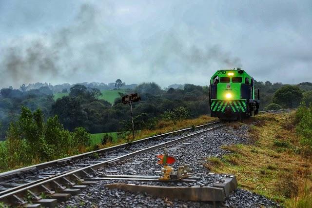 Paraná formaliza criação do ramal entre Foz do Iguaçu-Cascavel na Ferroeste