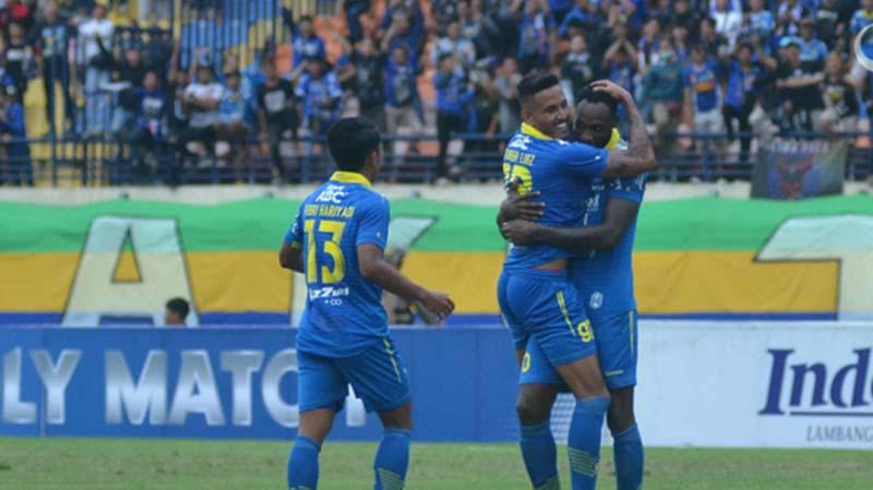 Persib Bandung Bungkam PSS Sleman 2-1