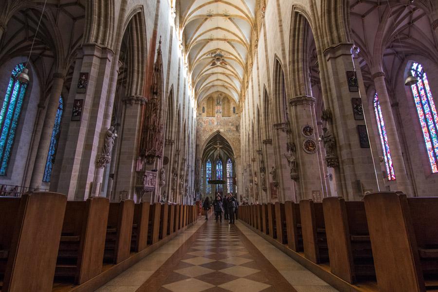 Interior de la Catedral de Ulm, Alemania