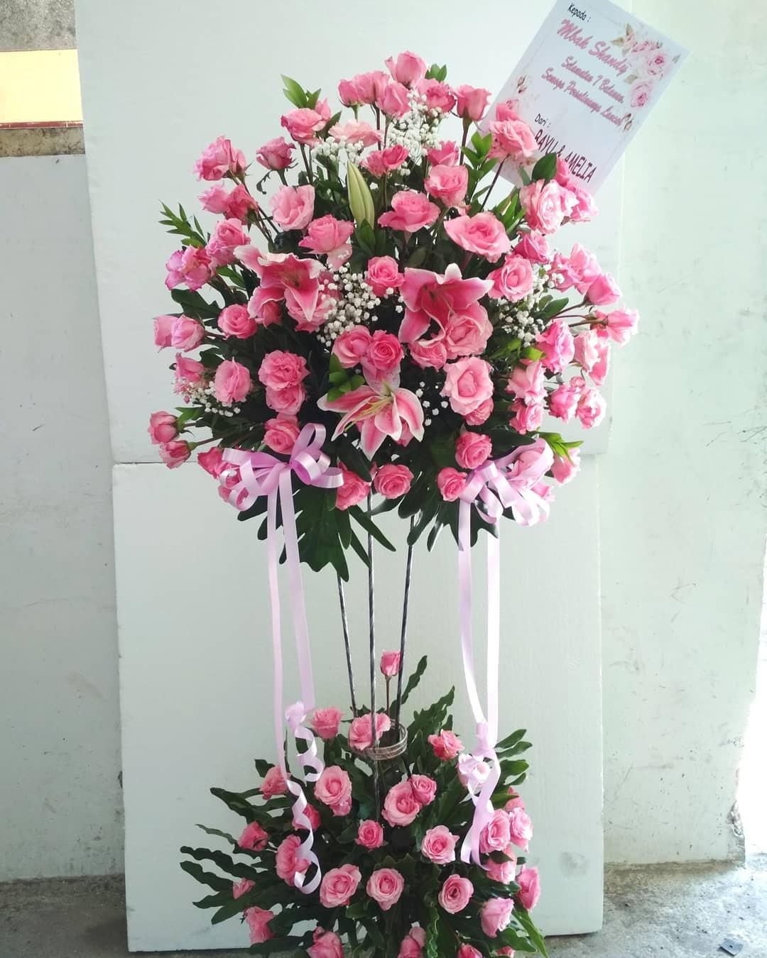 Karangan Bunga Standing Flowers 018