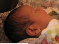 Ingin Hati Anak Menjadi Lembut, Cerdas dan Rajin Ibadah? Bacalah Doa Saat Si Kecil Tidur