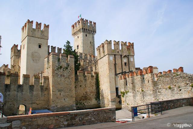 Vista del Castello Scaligero di Sirmione