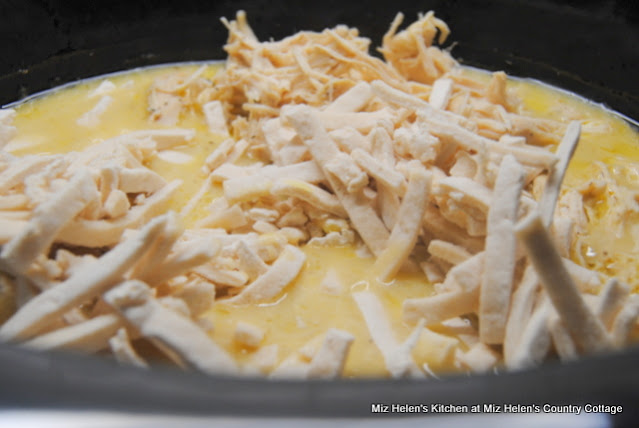 Slow Cooker Chicken & Noodles at Miz Helen's Country Cottage