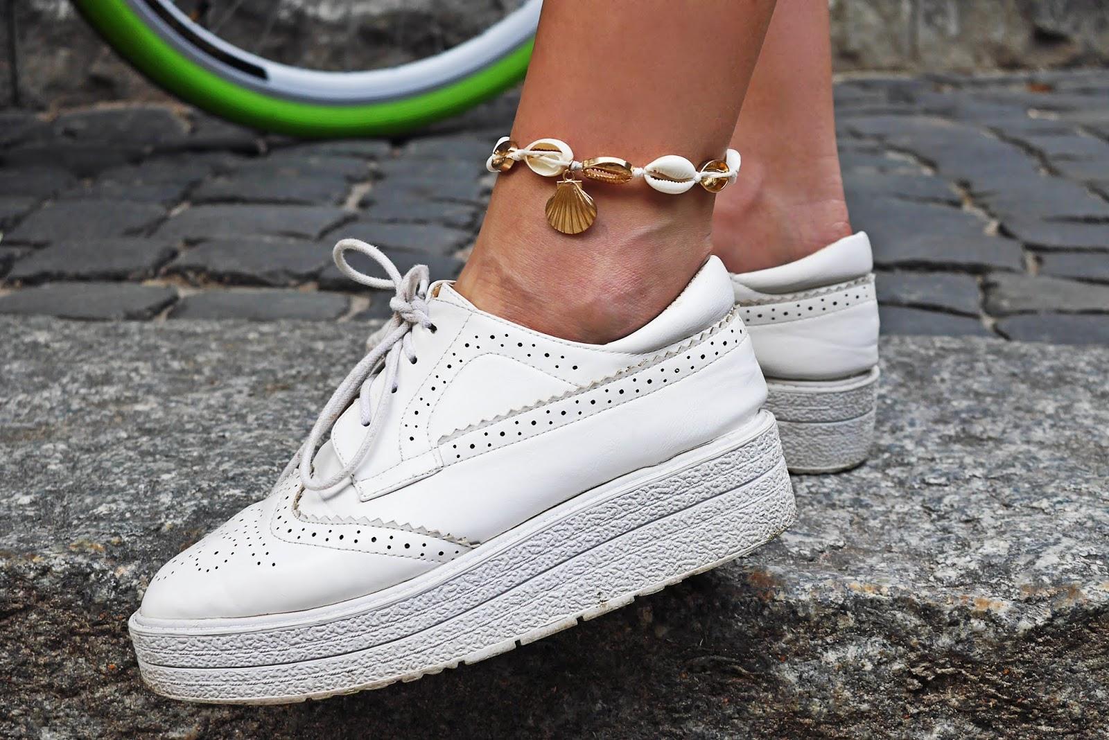 bransoletka z muszelkami aliexpress białe platformy karyn blog modowy blogerka modowa