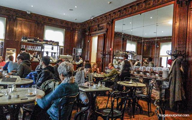 Cafe Sabarsky, café vienense na Neue Galerie de Nova York