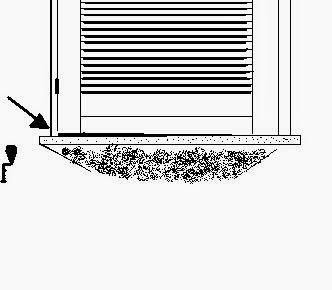sistemazione-finestra-legno-fuorisquadra