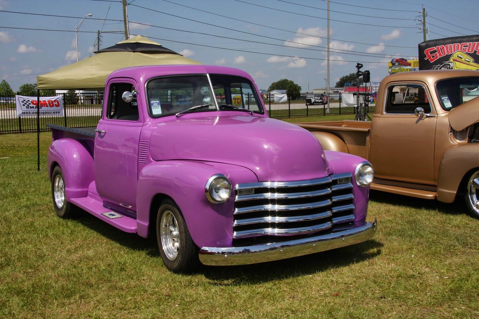 CAR SHOW PHOTOS IN NOVA SCOTIA : Car show at Kissimmi
