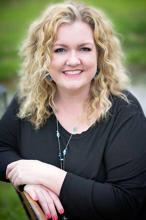 colleen-hoover-author
