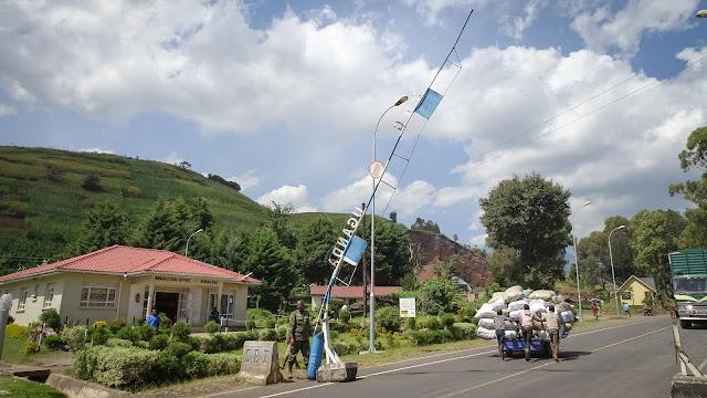 Border Crossing Uganda Rwanda
