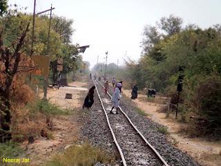 गुजरात मीटरगेज रेल यात्रा: अहमदाबाद से रणुंज