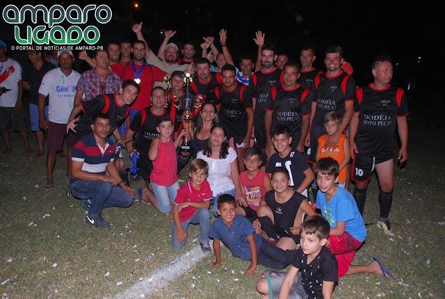 Veteranos FC venceu o Cariri SC por 1x0 e conquistou o Campeonato Rural de Futebol 2017 em Amparo