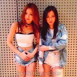 Photo Jisoo BlackPink dengan Jennie Kim