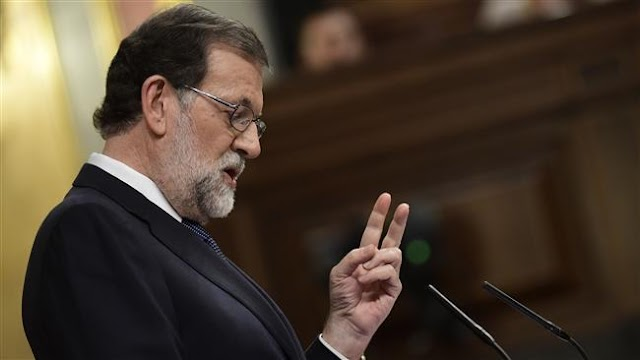 Spanish Prime Minister Mariano Rajoy rules out negotiation on Catalan secession, issues ultimatum