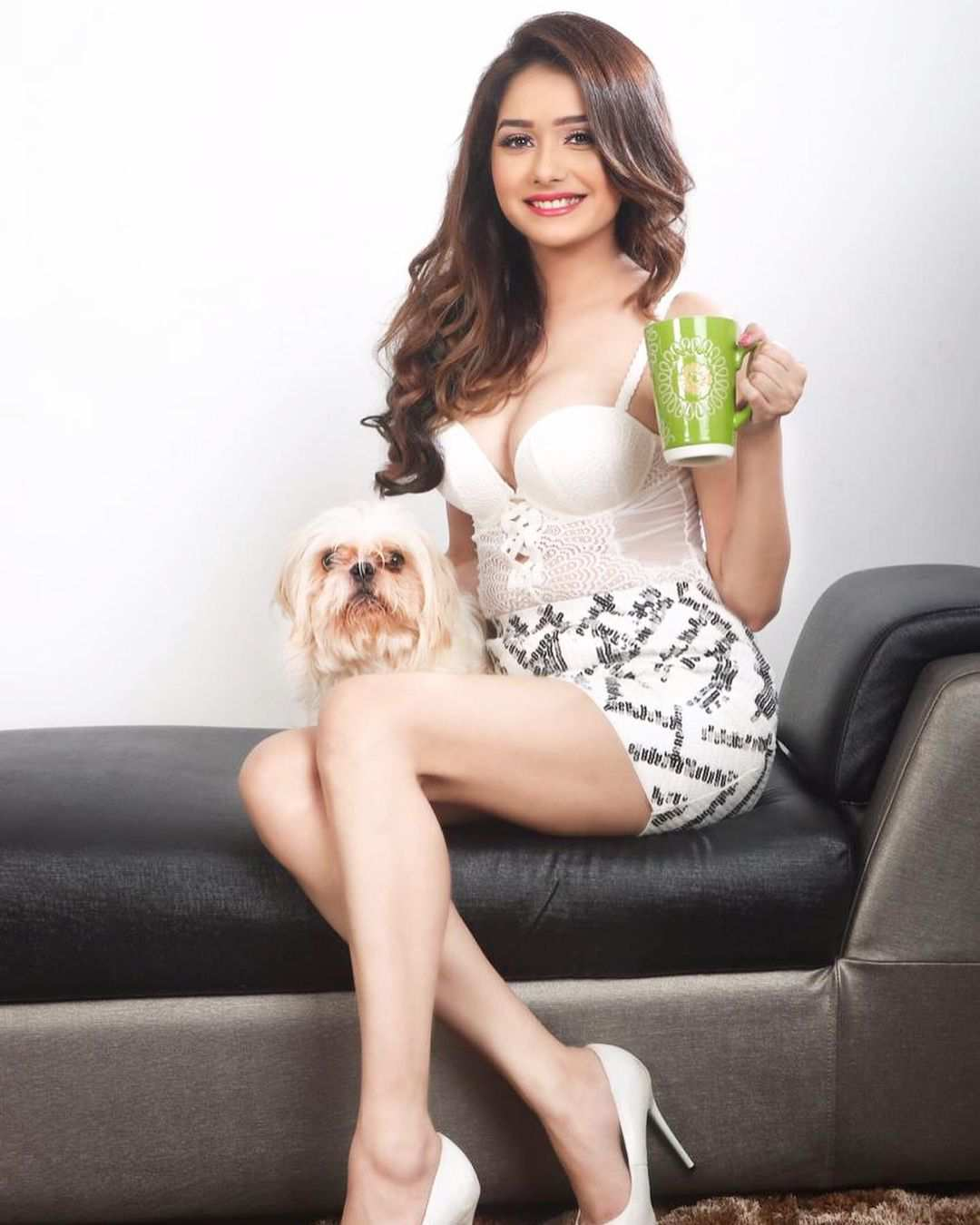 Indian Model Leena Jumani Pictures
