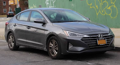 Hyundai Elantra facelift launched in India, costs begin at Rs 15.89 lakhs