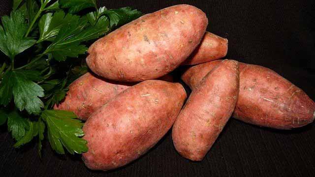 ما هي فوائد و خصائص تناول البطاطا الحلوة؟