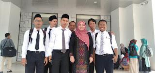 Rektor UIN Jakarta Bersama Para Mahasiswa PPG