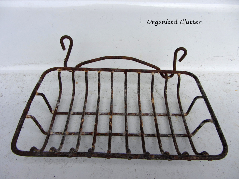 Vintage Bar Soap Wire Holder www.organizedclutterqueen.blogspot.com