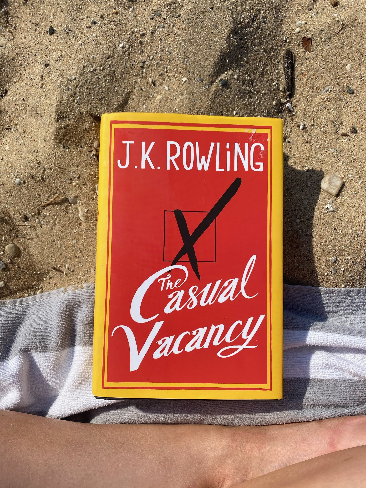 Reading The Casual Vacancy by JK Rowling | www.biblio-style.com