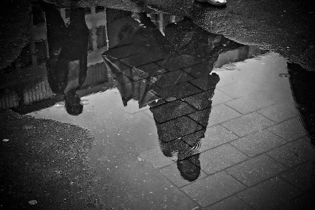 asfalto-asfalto drenante-pozzanghere-pioggia