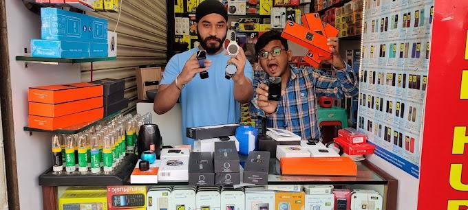 Mobile phones and accessories wholesale retail market in delhi karol bagh, singh mobile hub